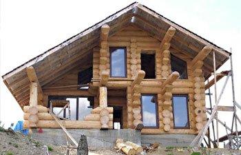 Дом дикий сруб